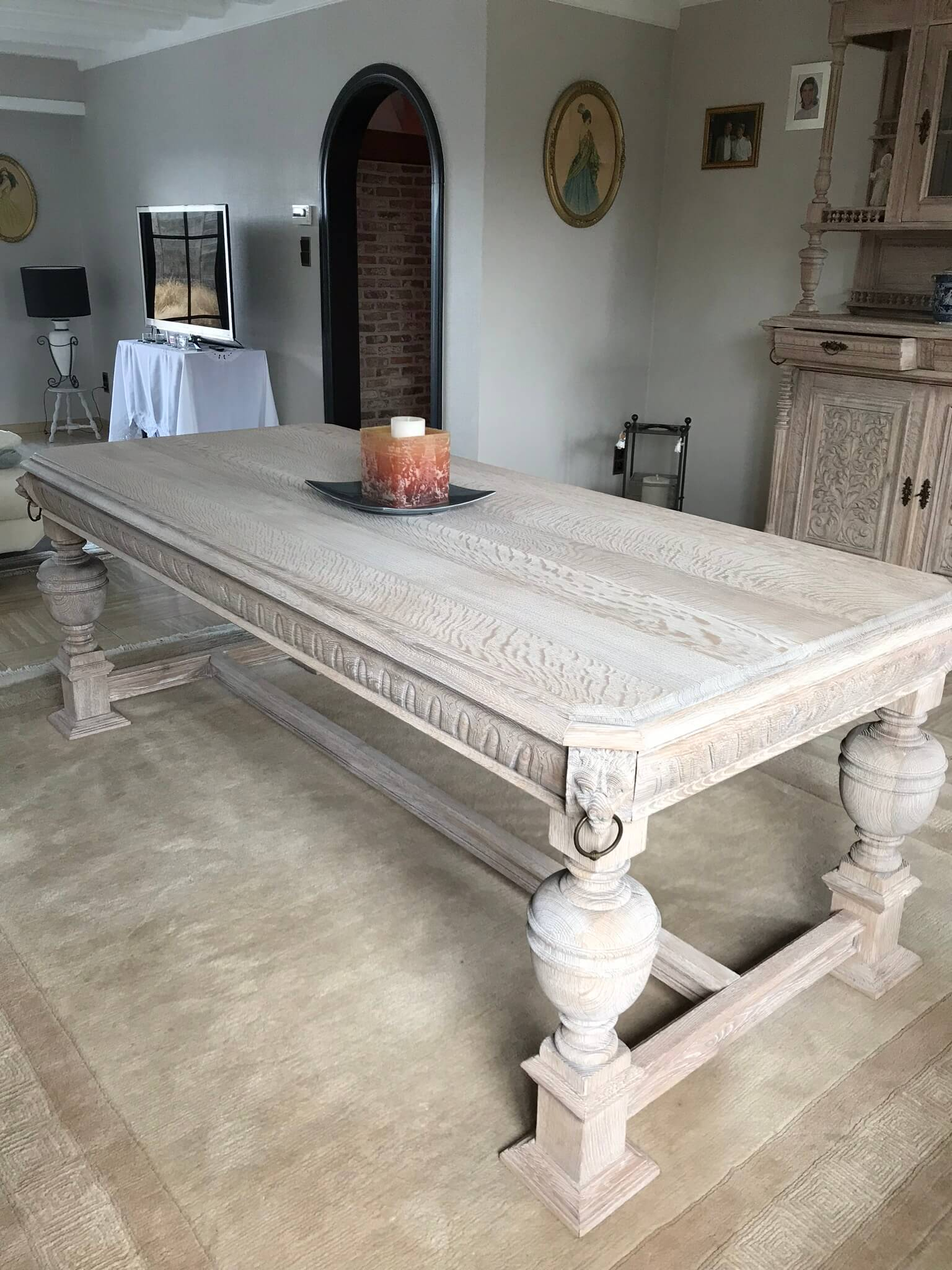 Geceruseerde eiken tafel