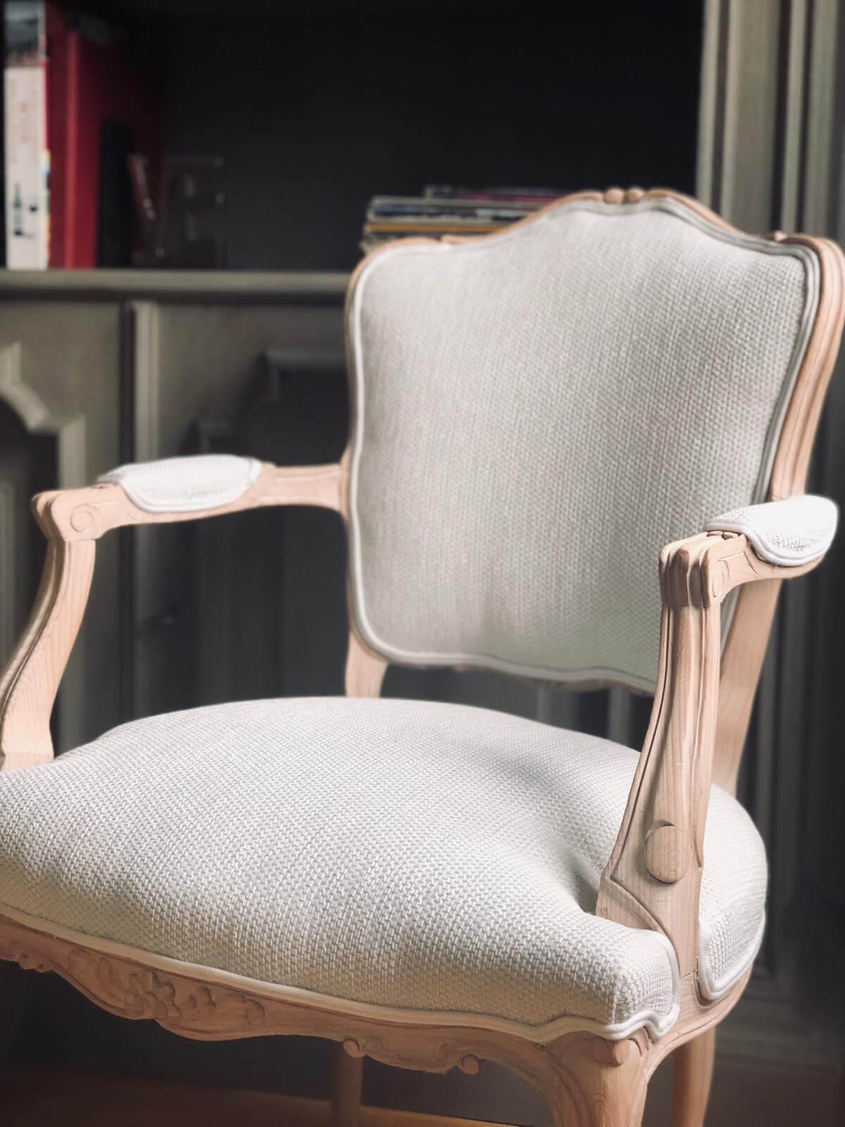 Gestoffeerde stoel